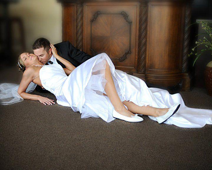 Девушка с парень делает брачная ночь видео