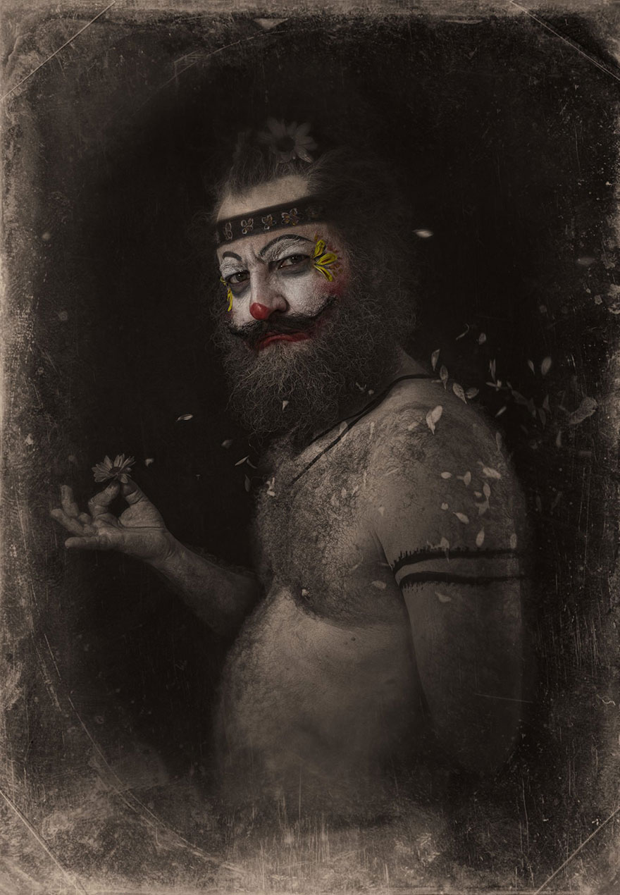 macabre-scary-clown-portraits-photography-clownville-eolo-perfido-99-17