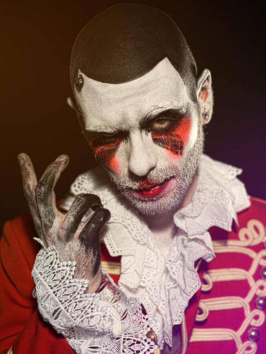 macabre-scary-clown-portraits-photography-clownville-eolo-perfido-99-16