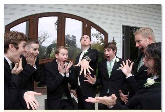groomsmen-photos-with-a-twist-10