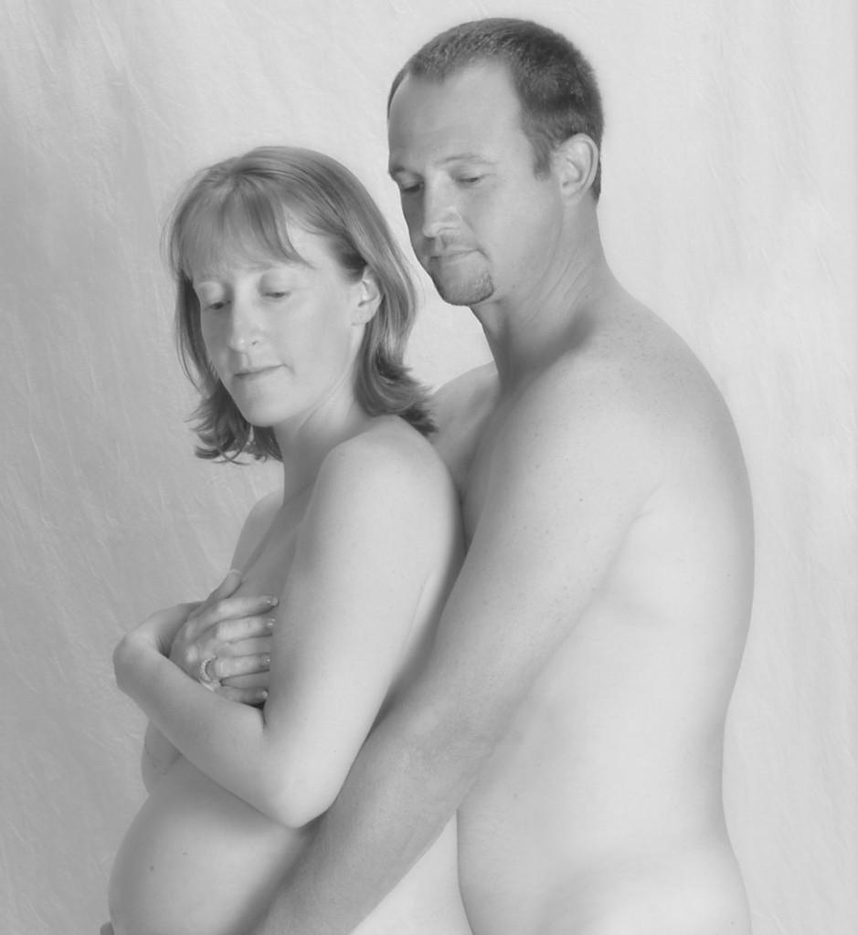 mom-son-naked-portrait