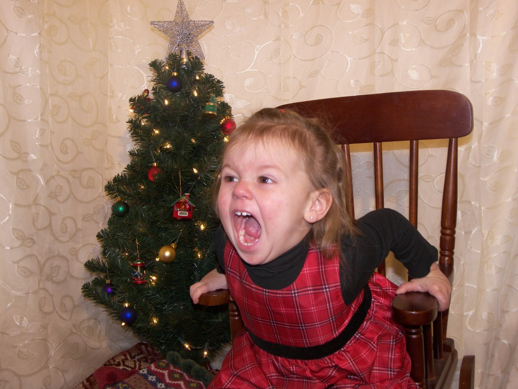 funny kid photos, screaming for joy