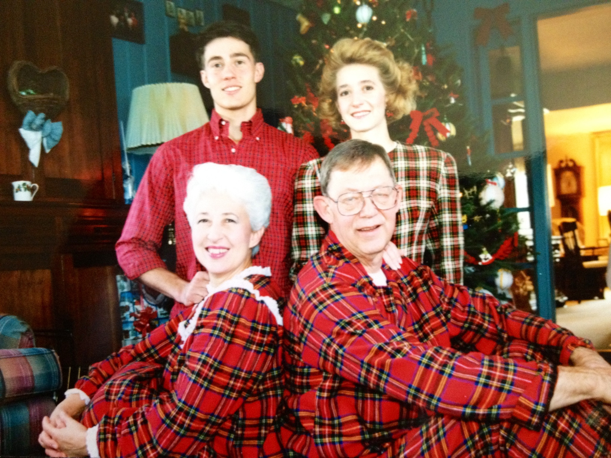 funny christmas photos, matching pajamas