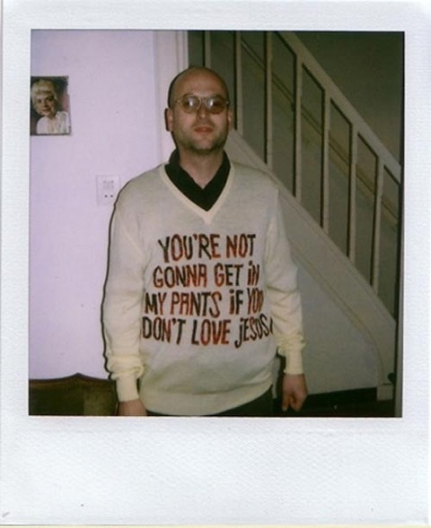 awkward sweater, holiday pictures