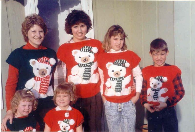 Ugly Christmas Sweater Pictures Awkward Family Photos