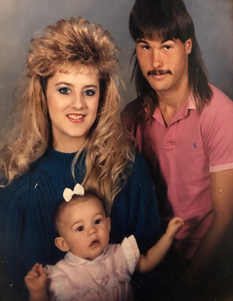 c37b1f74 Funny Family Portraits | Awkward & Bad Family Portraits